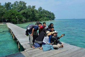 trip pulau bira